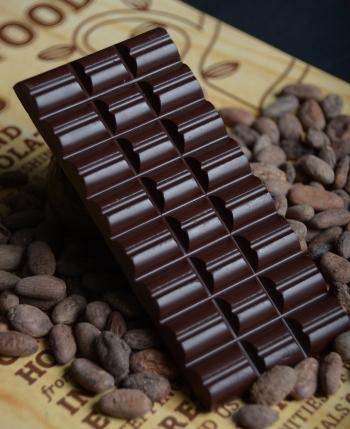 dark-chocolate-bar